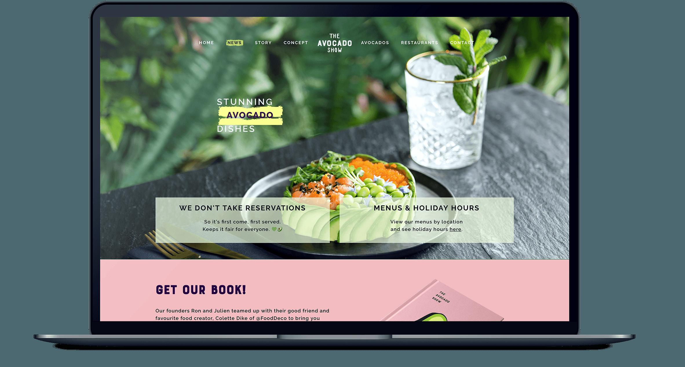 The Avocado Show website homepagina weergegeven op een MacBook