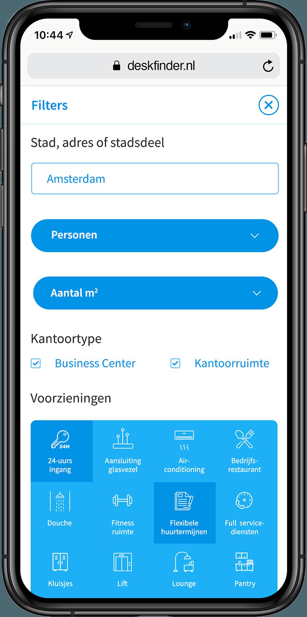 Deskfinder zoekfunctie met filters weergegeven op iPhone