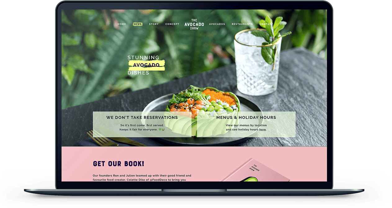 Mockup van een MacBook met de website van The Avocado Show er op open